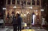 Catedrala românilor, în spatele curţii