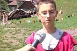 Cum se distrează copiii într-o tabără medievală